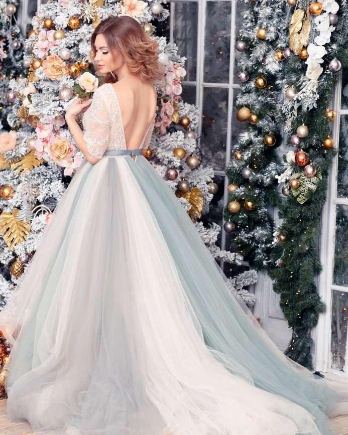 «У меня было много образов невесты»: Евгения Феофилактова примеряет свадебные платья